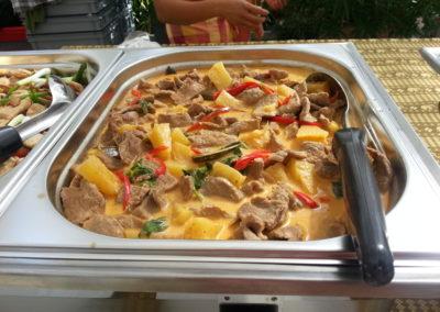 Roter Curry mit Rindfleisch und Ananas