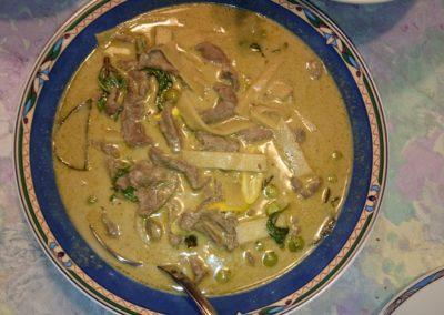 Grüner Curry mit Rindfleisch